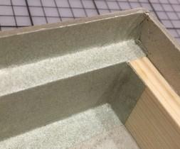 Holzkante mit Absatz: Fertig bezogen